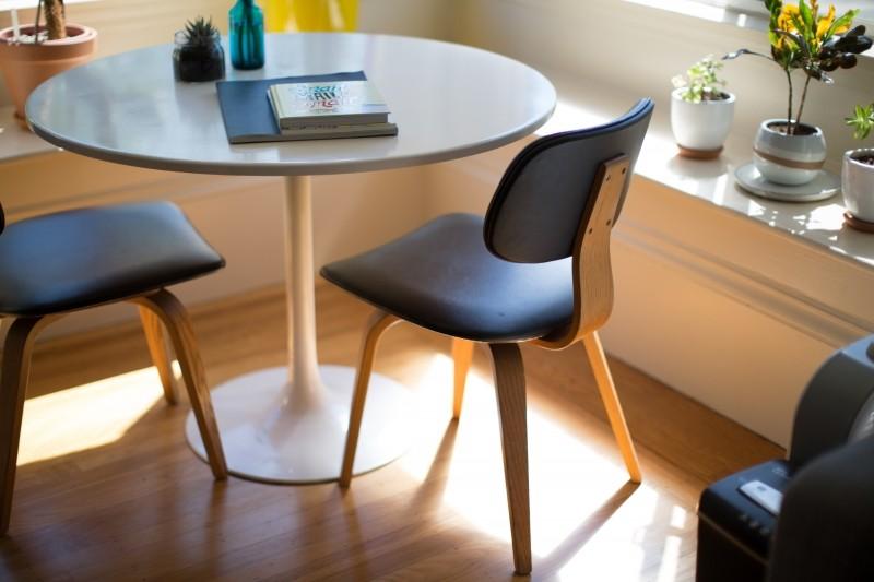 W jaki sposób producent mebli biurowych może wypromować się w internecie?